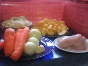 Овощной суп-крем с курицей