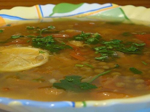 Суп из чечевицы с помидорами
