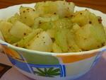Тёплый салат из картофеля с сельдереем